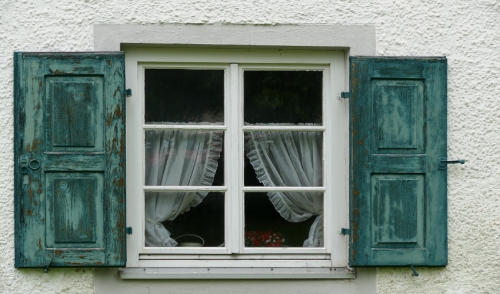 Different Types of Window Materials and Their Advantages