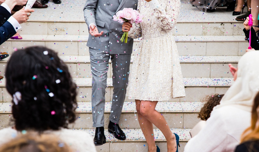 How Renting Can Help Personalize Your Wedding