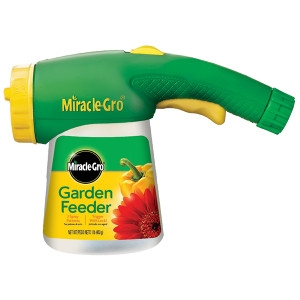 Miracle-Gro® Garden Feeder with Hose-End