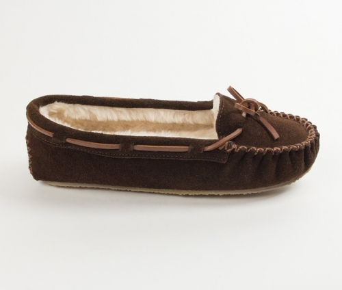 Minnetonka Women's Cally Pile-Lined Slipper