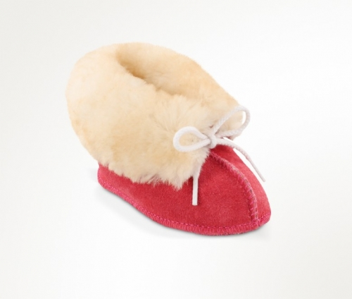 Minnetonka Infants' Sheepskin Bootie