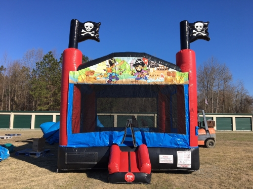 SMALL PIRATE BOUNCE HOUSE