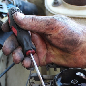 Small Engine Repair & Equipment Service