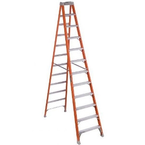 12' Step Fiberglass 1A Ladder