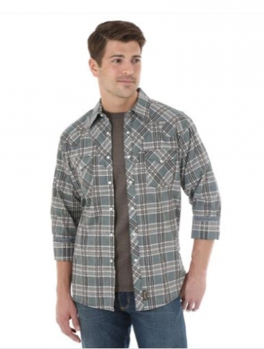 Wrangler® Retro® Long Sleeve Plaid