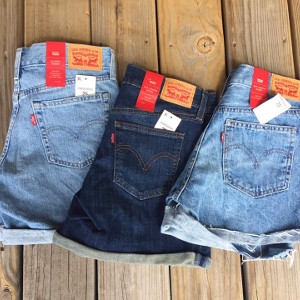 Levis Ladies Shorts
