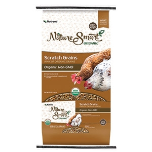 Nutrena® Nature Smart Poultry Scratch Grains