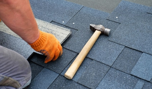Avoiding Roofing Errors: Layout Problems, Incorrect Kickout Flashing, and Leaking Metal Flashing