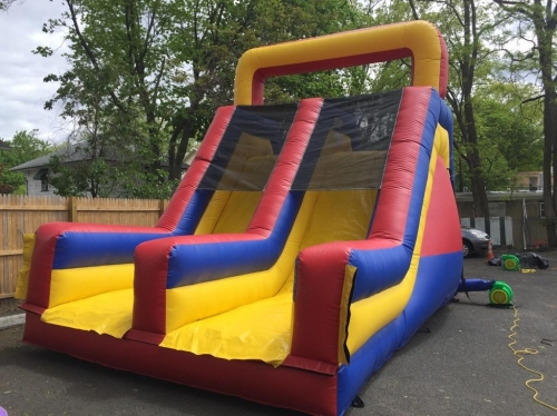 INFLATABLE MEGA DOUBLE LANE SLIDE