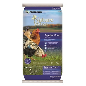 Nutrena® Nature Wise™ Feather Fixer™ 18% Pellet Poultry Feed