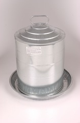 Double Wall Galvanized Poultry Fountain Waterer (5 Gallon)