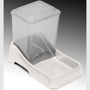 Van Ness Medium 6 lb. Auto Feeder