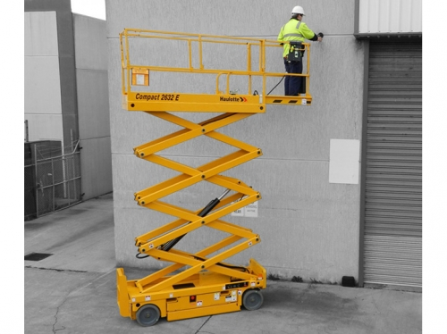 26' Self Propelled Scissor Lift (SPRING '19)