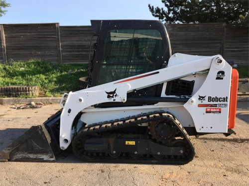 Bobcat T450 Tracked Loader (Enclosed Cab) (Pilot Controls)