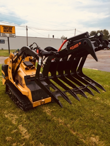 Mini Skid Steer Grapple