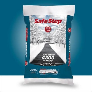 50 Lb. Safe Step 4300 Dual Blend Ice Melter