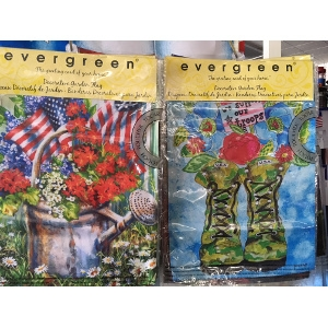 Evergreen & Custom Decor Flags