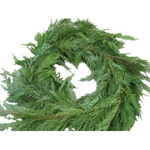 Deluxe Lifelike Evergreen Garland