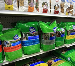 Feeds & Pet Food