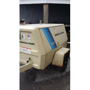 For Sale - Ingersoll Rand 100 CFM Tow Air Compressor Gasoline