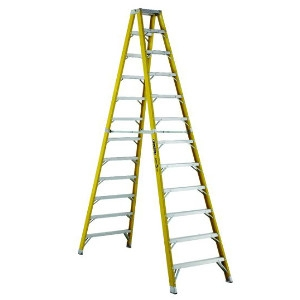 12' Fiberglass Step Ladder