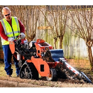 Trencher Track, Ditchwitch RT24