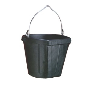 B600-18 Flatside Bucket Black 18 Quart
