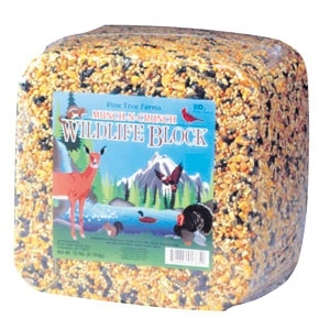 Munch-N-Crunch Wildlife Block 15 lb.