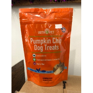 Urth Pet Pumpkin Chip Dog Treats