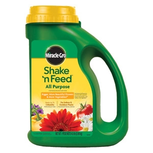 Miracle-Gro® Shake 'N Feed® All Purpose Continuous Release Plant Food