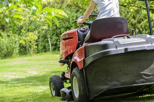 Preparing Your Lawn for Spring & Summer