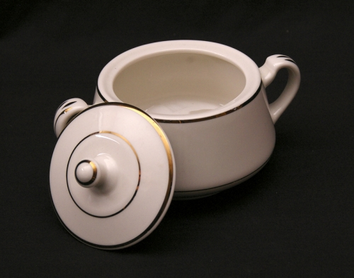 Sugar Bowl (Ivory w/ Gold Trim)