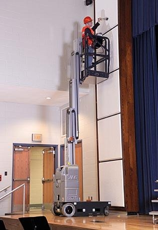 JLG Driveable 15' Vertical Mast Lifts