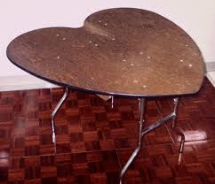 Table heart shaped 48