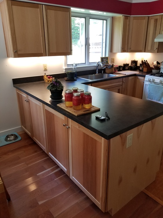 Kitchen Cabinets & Laminate Tops