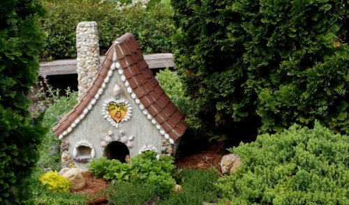 Miniature Garden Workshops for Children at Starkie Brothers Garden Center