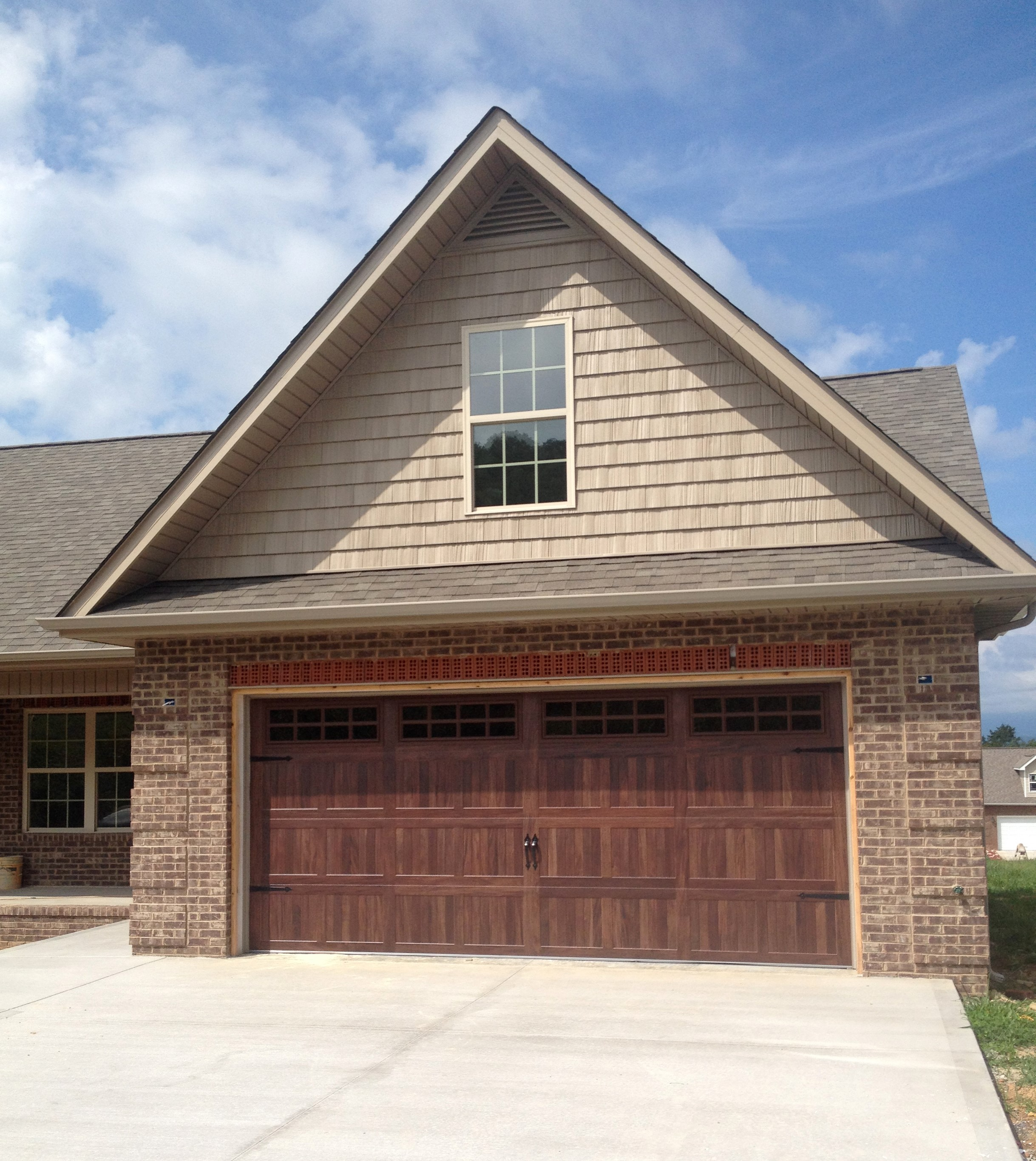 We Have Trained Garage Door Installers That Have Years Of Experience. Give  Us A Call To Find Out How You Can Have The Look Youu0027ve Always Dreamed About.